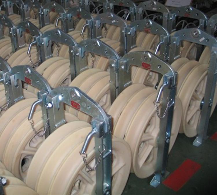 供应大直径放线滑车 放线滑车 φ660×100单轮